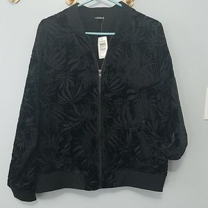 TORRID Black Patterned Velvet Bomber Jacket 1X NWT